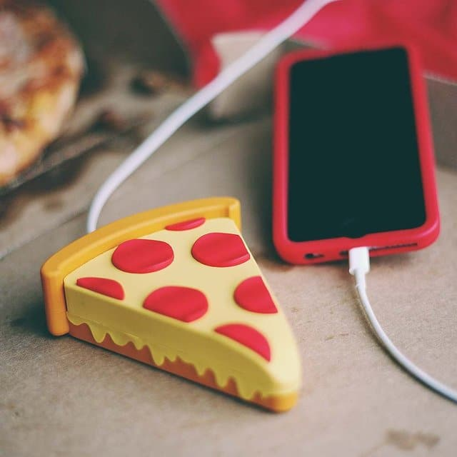 Pizza iPhone lader
